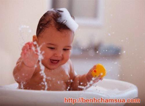 sữa tắm cetaphil cho trẻ sơ sinh dùng có tốt không