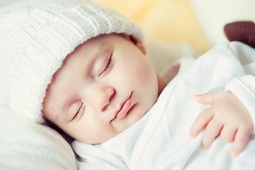 Khi trẻ đến tuổi, bệnh chàm sữa mới tự hết.