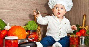 Xây dựng chế độ ăn uống thích hợp cho bé để ngừa phòng bệnh chàm sữa